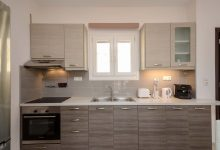 naxosluxuryvillas-kitchen04