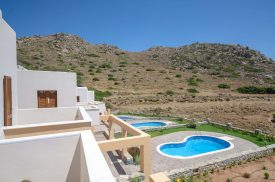 naxosluxuryvillas-pools